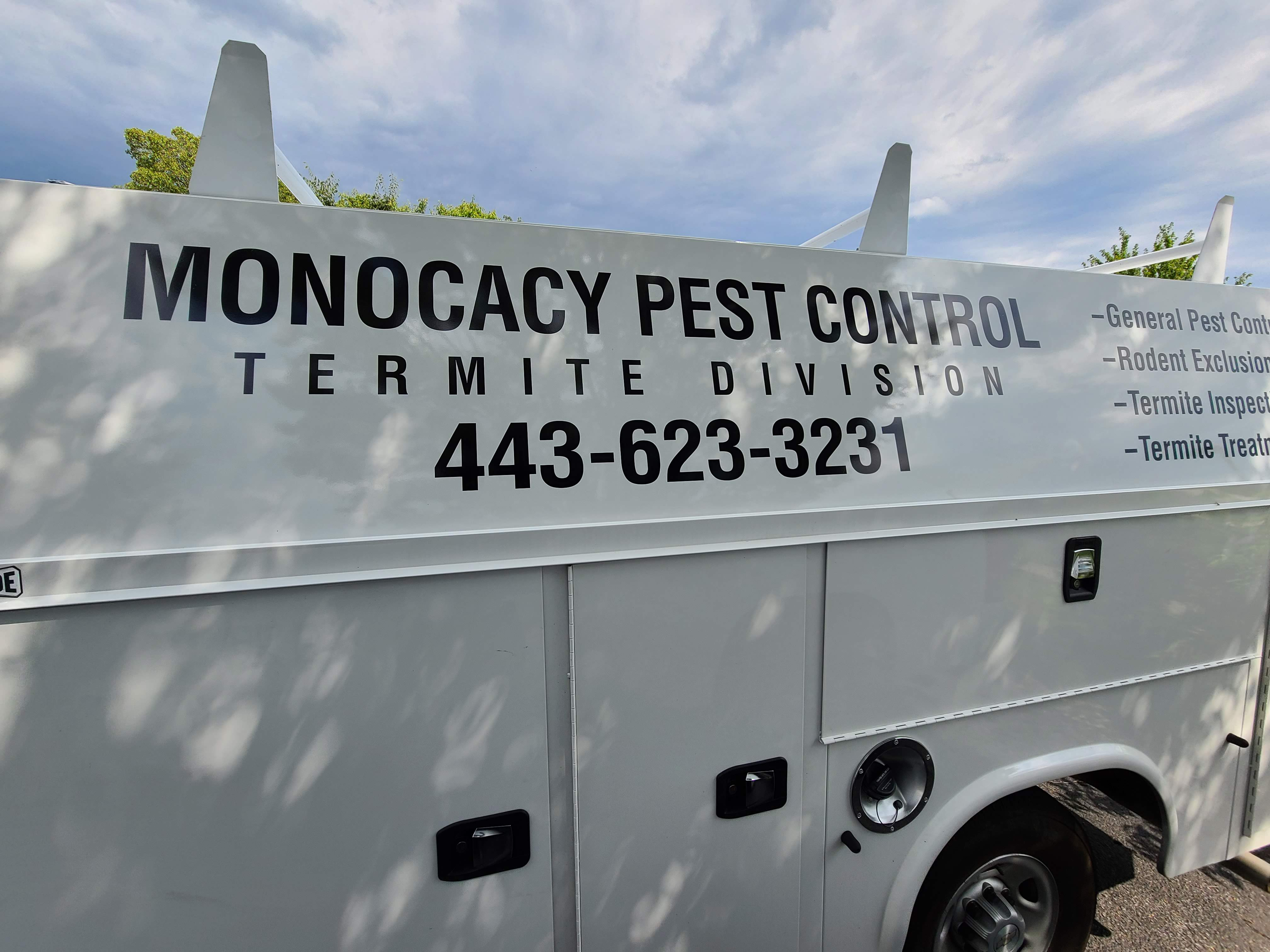 Licensed pest control technician in New Market, MD.